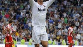Cristiano Ronaldo se valió de su talento en el futbol para ganarse un salario de millones de dolares.