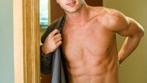 La mayoría de los modelos masculinos deben pesar entre 140 (63,5 kg) a 165 libras (74,84 kg).
