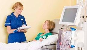 Las personas con diabetes pueden desarrollar insuficiencia renal, requiriendo diálisis.