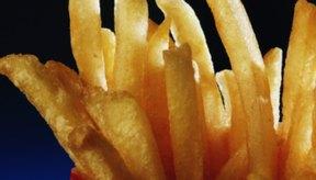 Las patatas fritas son un acompañamiento popular.