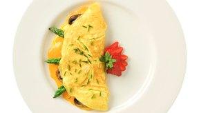 Los huevos pueden afectar a la digestión si eres alérgico o intolerante a ellos.