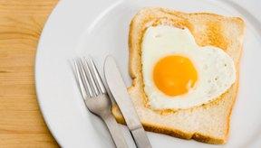 La falta de proteínas de fuentes tales como los huevos en la dieta puede conducir a un edema.