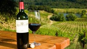 Una copa de vino debe contener sólo 4 o 5 onzas (100 o 150 ml).