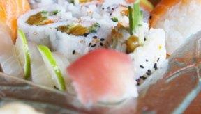 El arroz del sushi es pegajoso para que pueda unir piezas.