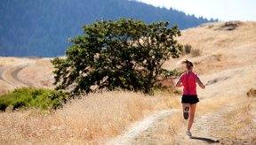 Correr es una manera de bajo costo para quemar calorías.