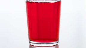 El jugo de arándano es un tipo de alimento que puede estar en una dieta de líquidos claros.