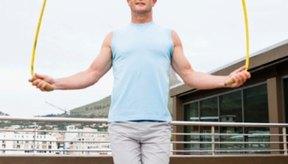Saltar la cuerda puede afectar tu masa muscular magra.