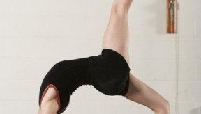 Los ejercicios en los que se coloca la cabeza por debajo del nivel del corazón pueden no ser recomendables.