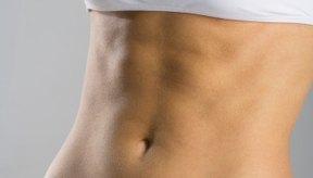 Ejercita tus abdominales para lucir como modelo.