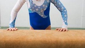 El salto es un evento de gimnasia artística tanto varonil como femenil.