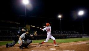 Un bateador demostrando un movimiento en el plano transversal.