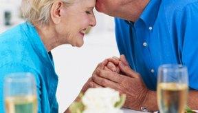 Existen servicios médicos especializados para la población geriátrica.