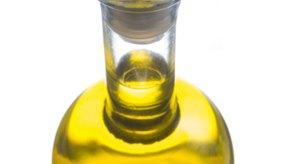 Es mejor cocinar los huevos en un aceite de oliva de sabor suave.