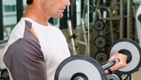 El levantamiento de pesas incrementa los niveles de testosterona en los hombres.