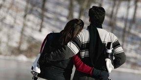 Las mujeres embarazadas deben evitar los deportes que las exponen al riesgo de sufrir caídas, como el patinaje sobre hielo.