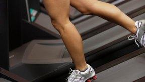 Los ejercicios de extensión de caderas ayudan a tonificar tus glúteos e isquiotibiales.