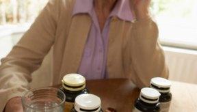 Nunca tomes suplementos dietarios con medicamentos de prescripción sin la aprobación de tu doctor.