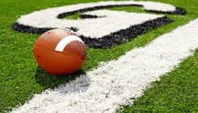 Los balones de fútbol americano están hechos de cuero, cordones, goma y pintura por razones específicas.
