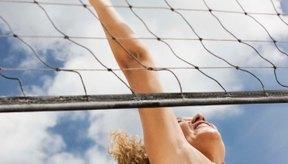 Un buen salto vertical es una de las características deseadas en jugadores de voleibol.