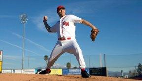 Los jugadores de béisbol necesitan músculos fuertes para tener éxito en el juego.