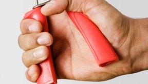 El ejercicio físico y la reducción de las calorías pueden ayudar a perder grasa en las manos.