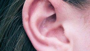 Las orejas pueden estar rojas, escamosas y estéticamente feas.