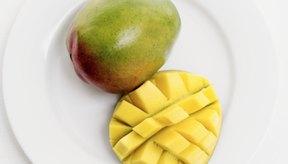 los mangos podrían beneficiar la salud digestiva de muchas maneras.