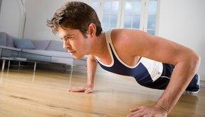 El dolor de codo al hacer flexiones puede ser signo de una lesión por uso excesivo.