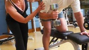 Los hombres de más edad tienen consideraciones especiales de salud para hacer ejercicio.