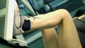 Las zapatillas para entrenamiento con pesas tienen una suela sólida.