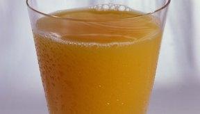 La vitamina C es un nutriente que necesitas a diario, pero si tomas altas dosis puede ocasionarte diarrea.