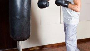 Los boxeadores necesitan desarrollar los músculos implicados en golpear.