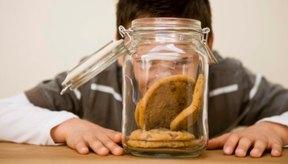 Mantén el tarro de galletas lleno incluso si se te acaba la harina todo uso.