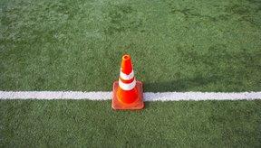 Los conos pueden colocarse en el césped o en un campo y pueden usarse para múltiples deportes.