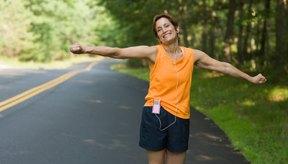 Las mujeres bajitas deben basarse en la forma de su cuerpo y no su estatura para elegir sus ejercicios.