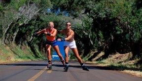 El patinaje en línea tonifica los muslos y los glúteos.