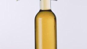 El aceite de oliva extra virgen se puede usar como una sabrosa base de una sencilla salsa para pastas.