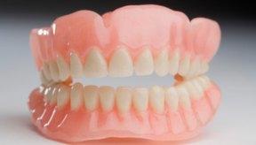 La enfermedad de las encías sin tratar puede llevar a la pérdida de dientes.