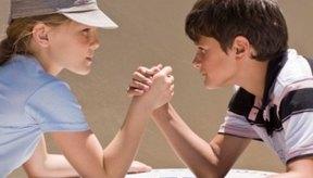 La pulseada implica la flexión del codo y la supinación de la muñeca y de la mano.