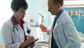 Consulta a un médico si las flexiones causan un gran dolor.