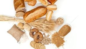 Los granos enteros tienen un índice glucémico más bajo que los granos refinados.