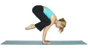 Los ejercicios más intensos de yoga queman más calorías.