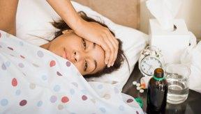 Los sudores, acompañados de escalofríos, fatiga y náuseas pueden ser síntomas presentes en muchas enfermedades.