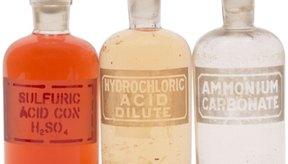 Algunos ácidos, como el ácido clorhídrico, son peligrosos cuando se los traga.