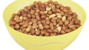 Los cacahuetes técnicamente no son nueces, sino legumbres.