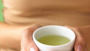 El extracto de té verde está empaquetado en cápsulas y lleno de antioxidantes saludables.