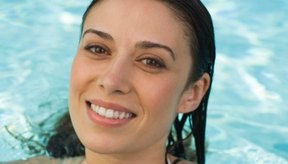 Nadar puede aliviar algunos síntomas menstruales.