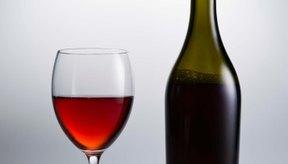 No necesariamente tienes que abandonar el vino para controlar tu nivel de azúcar en sangre.