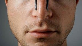 Hablar a través de la nariz es lo que crea una calidad de la voz