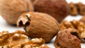 Las nueces pueden reducir la cantidad de hierro que tu cuerpo absorbe de los alimentos.